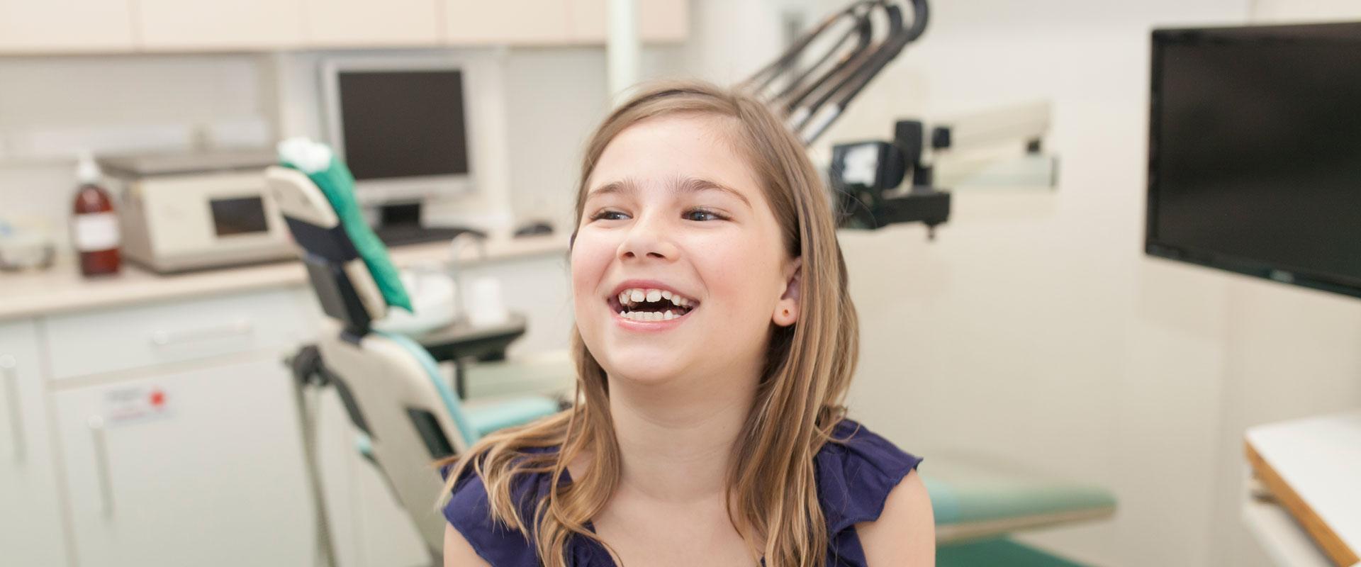 Odontopediataría dentista familia ninos-Barcelona-Clinica-Dental-Murtra