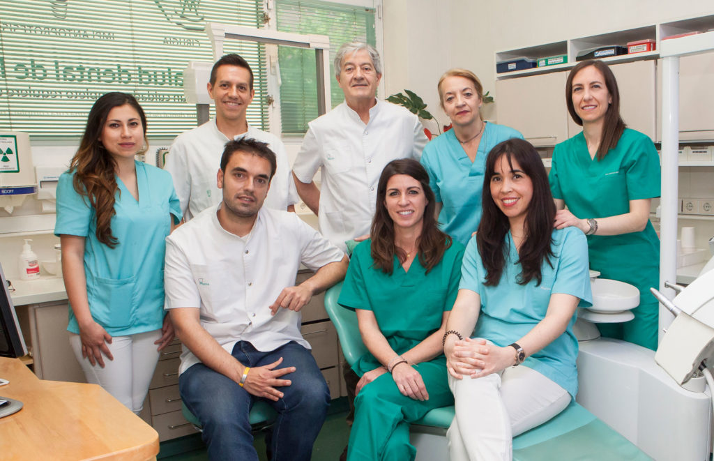 Equipo-Clinica-Dental-Murtra-interior
