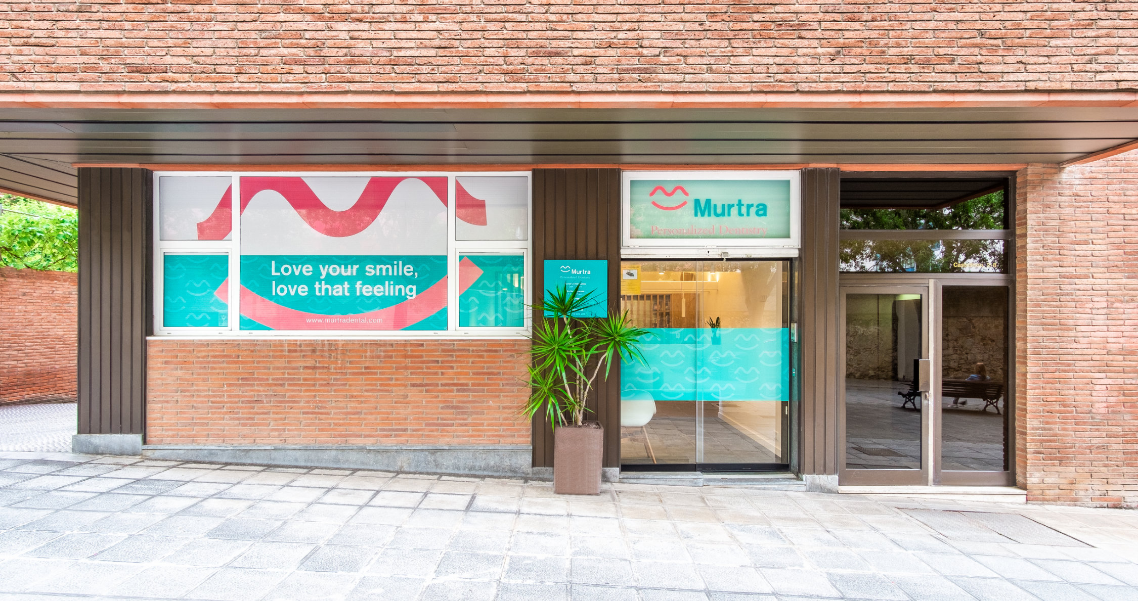 Murtra Dental entrada 001